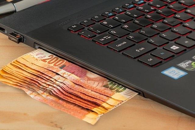 Fazer vendas online pode ser uma fonte de renda